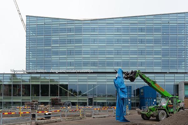 Byggprojektet Nya Ångström hus 10 fotograferat utifrån.
